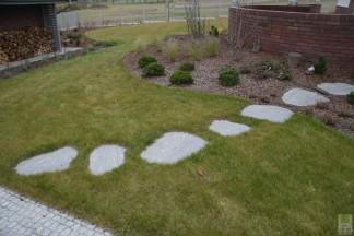 Ścieżki, nawierzchnie, obrzeża w ogrodach